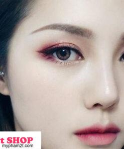 Trang điểm mắt hồng cherry phối vàng nhũ